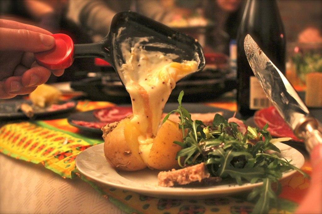 recette bio de raclette aux legumes d 39 hiver. Black Bedroom Furniture Sets. Home Design Ideas